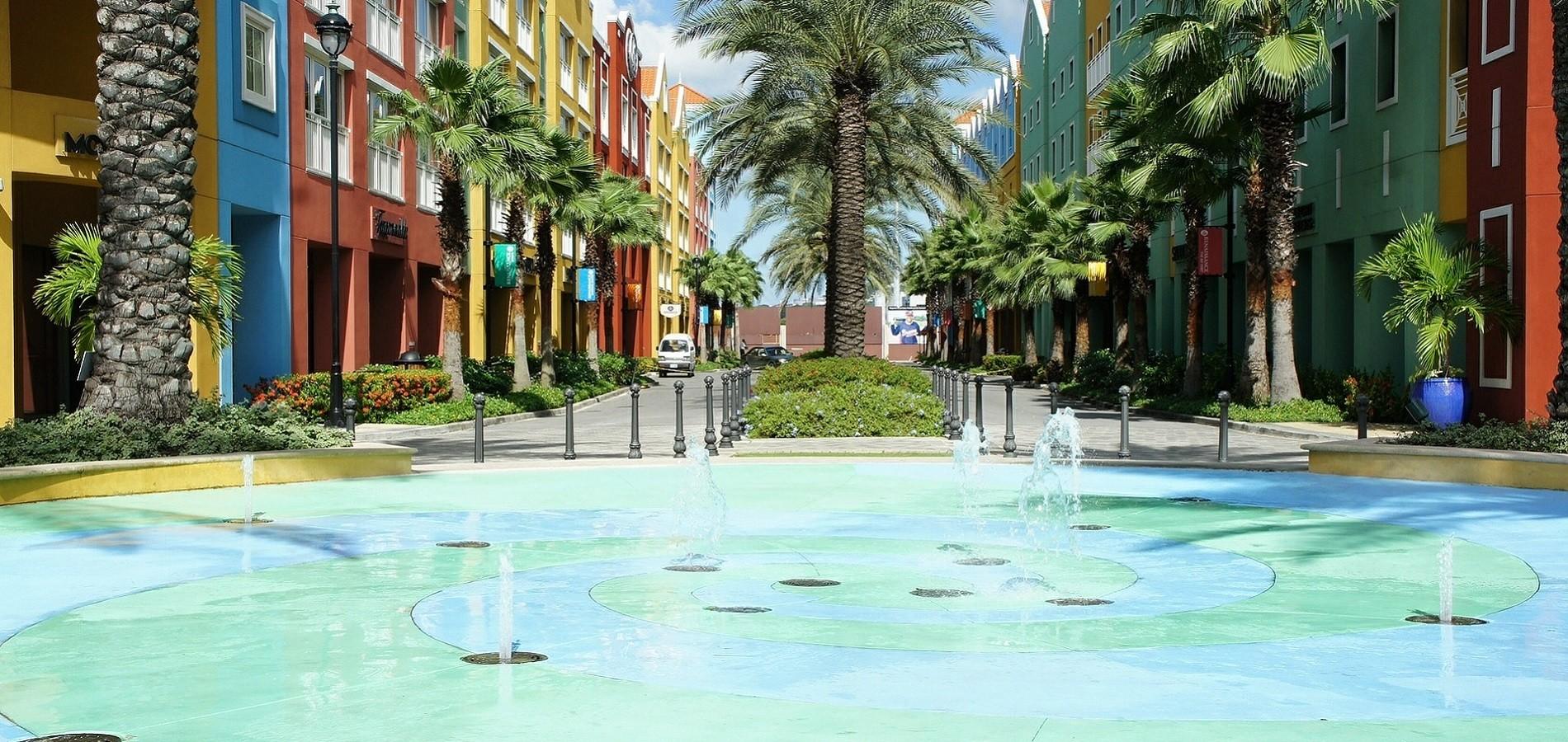 Provjerite zašto je putovanje na Curacao omiljena destinacija dobrostojećih Europljana.